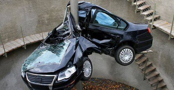 Yüksek hızla yapılmış 10 feci kaza 10