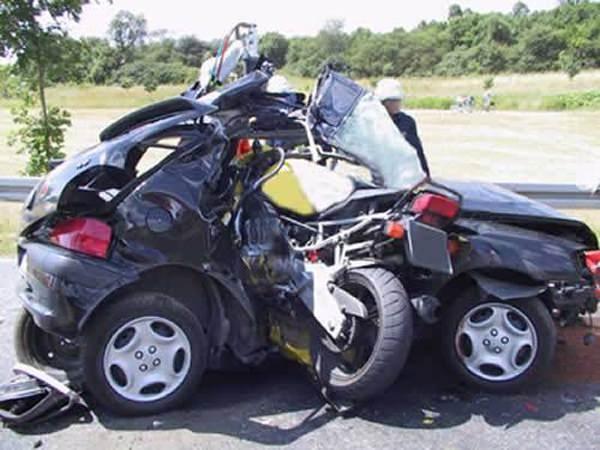 Yüksek hızla yapılmış 10 feci kaza 6