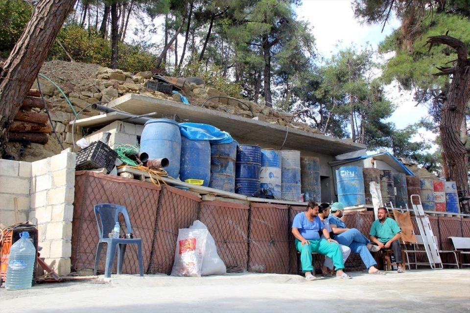Türkmendağı'nın 'Yer altı hastanesi' 18