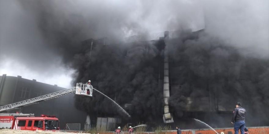 Bayrampaşa'da büyük yangın