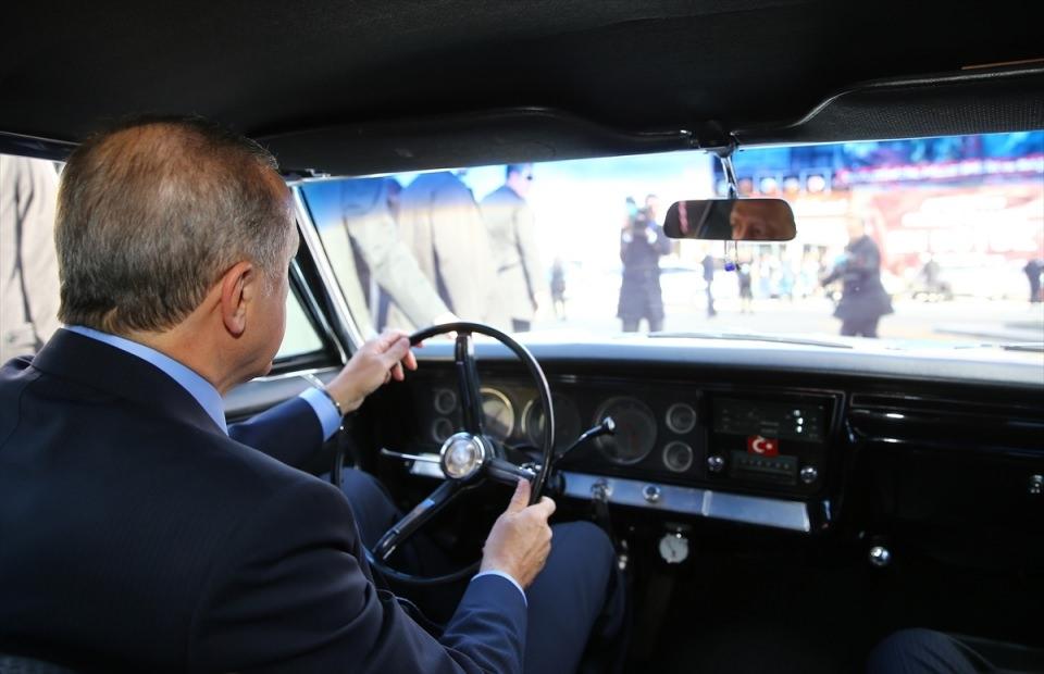 Cumhurbaşkanı Erdoğan direksiyona geçti 1