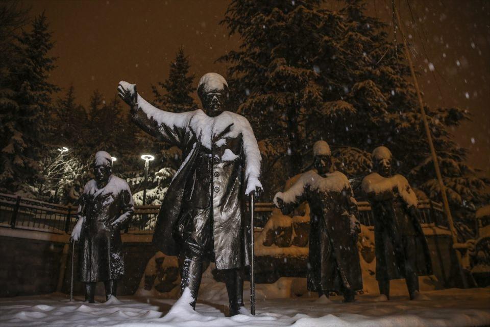 Türkiye'den muhteşem kar manzaraları 18
