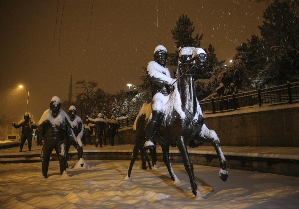 Türkiye'den muhteşem kar manzaraları 20