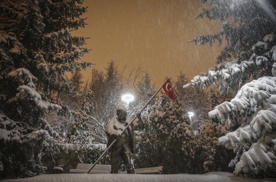 Türkiye'den muhteşem kar manzaraları 24