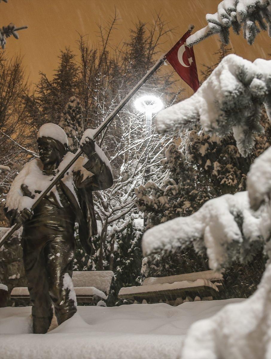 Türkiye'den muhteşem kar manzaraları 25