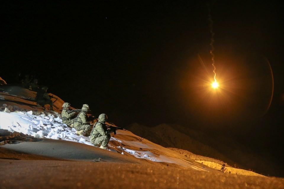 Bitlis'te terör operasyonu 45