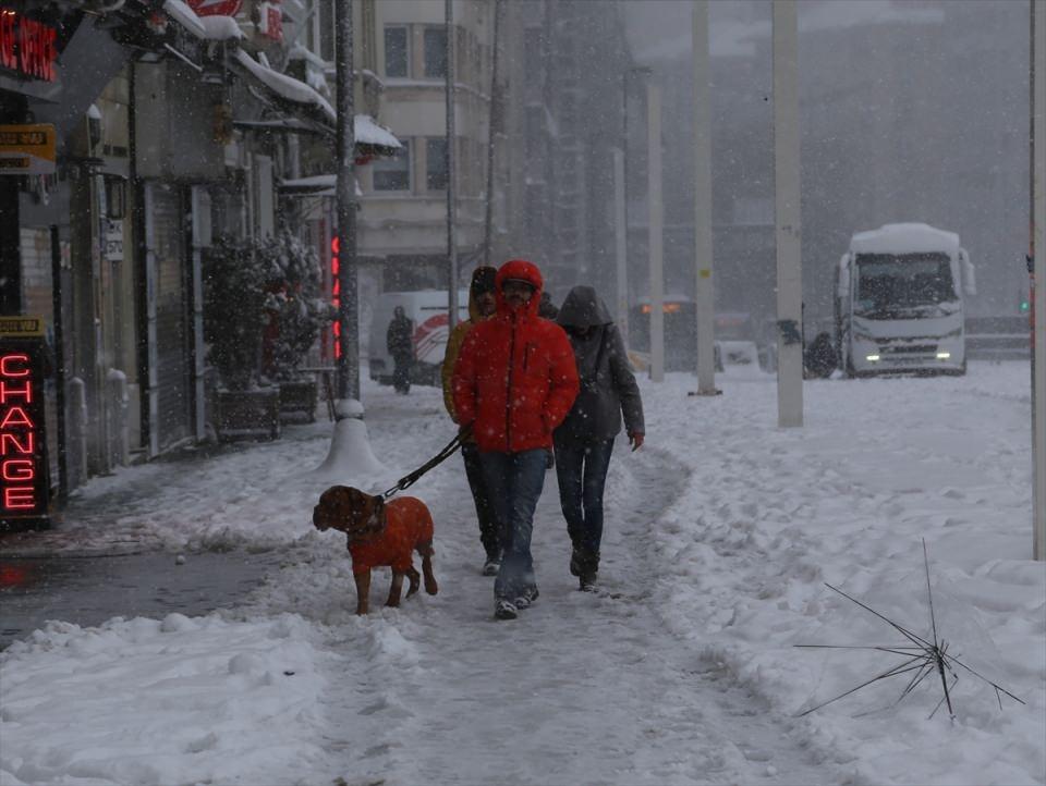 Kar yağışı daha ne kadar sürecek? 54