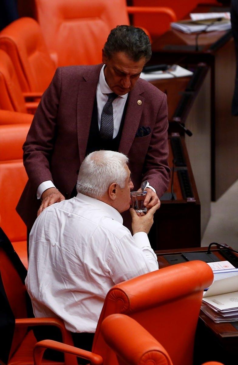 Meclis'te yaşanan kavganın fotoğrafları 62