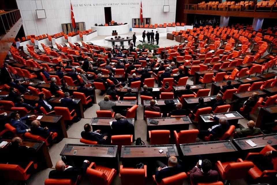 Meclis'te yaşanan kavganın fotoğrafları 71