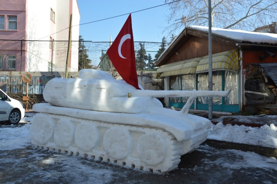 15 Temmuz'a özel 'Kardan Tank' yaptılar 6