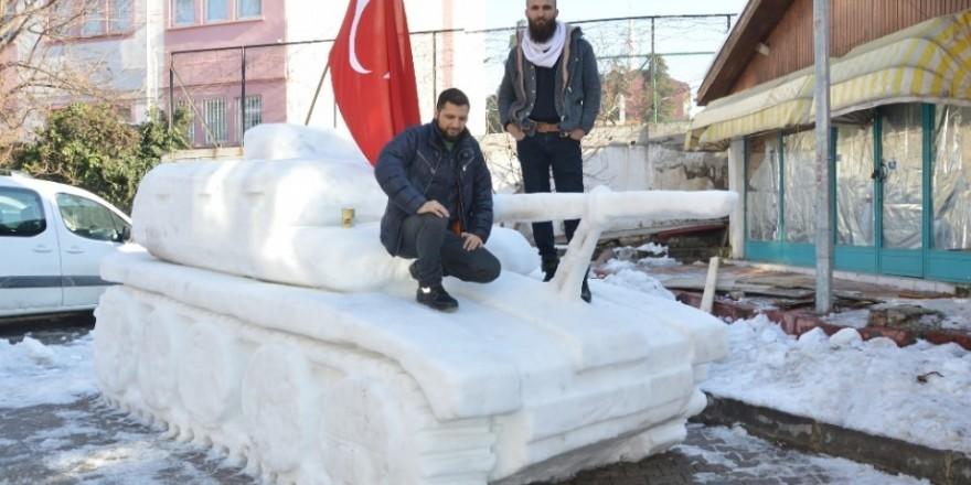 15 Temmuz'a özel 'Kardan Tank' yaptılar