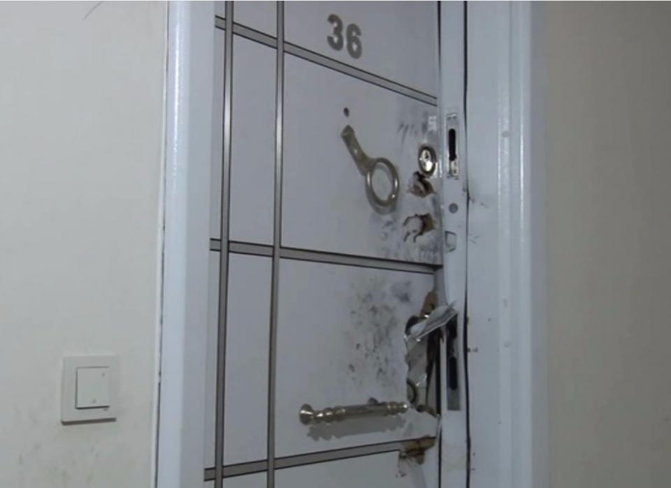 İşte teröristin kaldığı o evden çıkanlar... 30