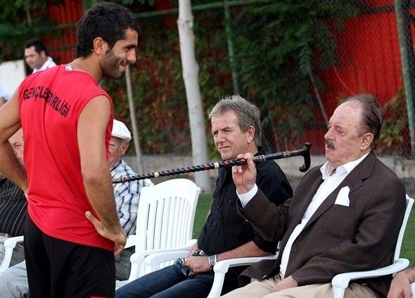 İlhan Cavcav Türkiye'de 40 yıla damgasını vurdu! 19