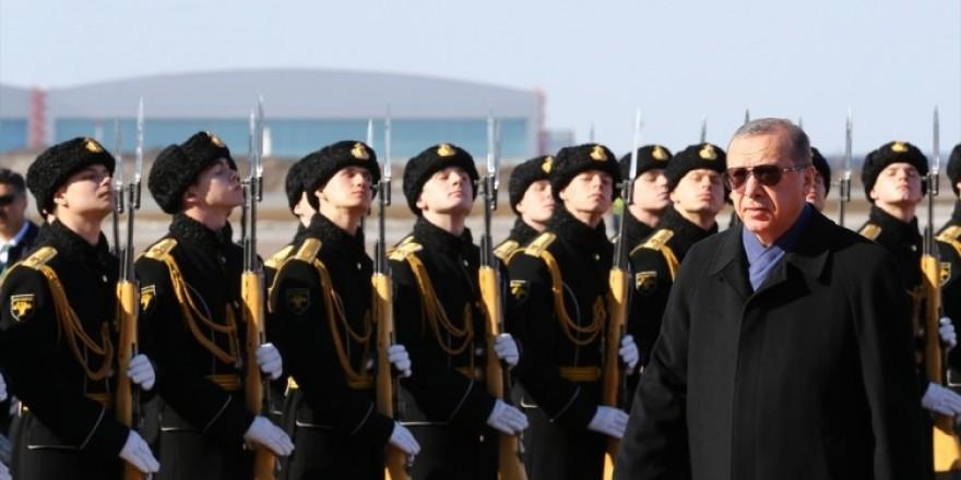 Cumhurbaşkanı Erdoğan'ı Moskova'da böyle karşıladılar