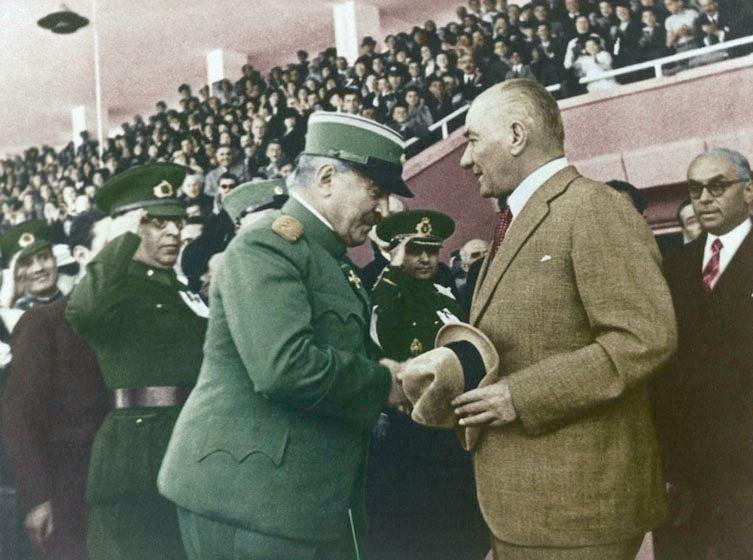Arşiv görüntüleriyle 'Atatürk' 1