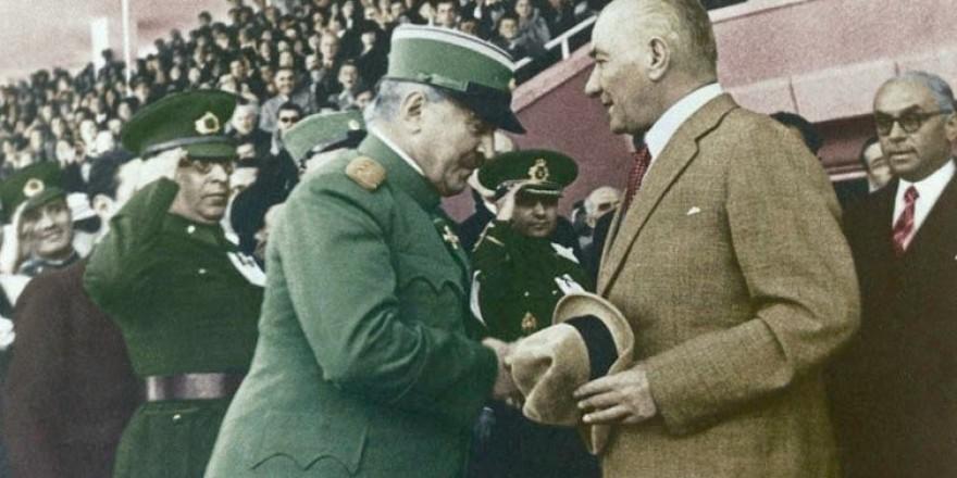 Arşiv görüntüleriyle 'Atatürk'