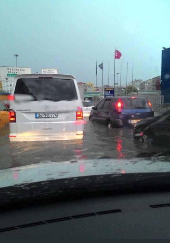 İstanbul'dan sel manzaraları 1