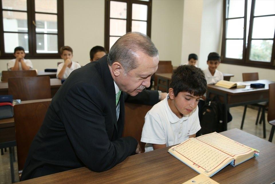 Cumhurbaşkanı Erdoğan yıllar sonra aynı yerde... 1