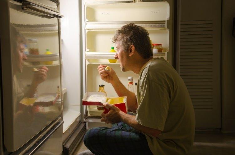 Gece tüketilmesi gerekenler besinler nelerdir? Yatmadan önce bir kaşık z 1