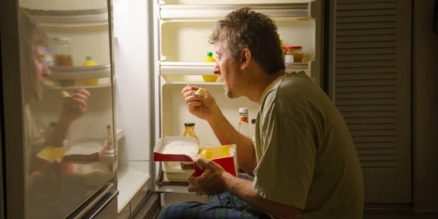 Gece tüketilmesi gerekenler besinler nelerdir? Yatmadan önce bir kaşık z