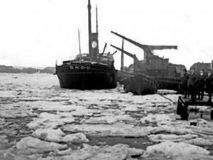 İstanbul Boğazı böyle donmuştu