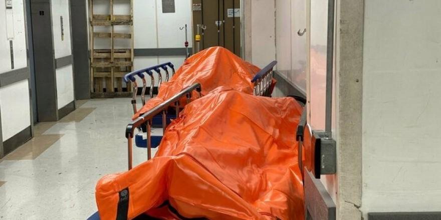 ABD'den korkunç görüntüler: Seyyar morglar bile doldu, cesetler ort