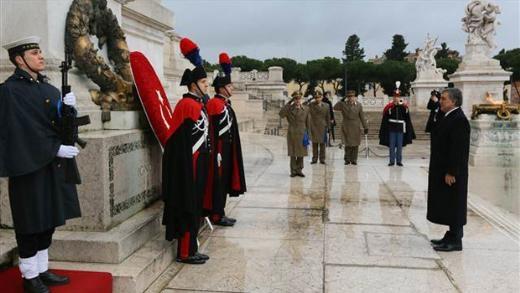 Abdullah Gül  Meçhul Asker Anıtında 1