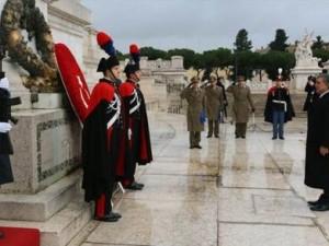 Abdullah Gül  Meçhul Asker Anıtında