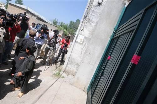 Bin Ladin'in evine ziyaretçi akını 6