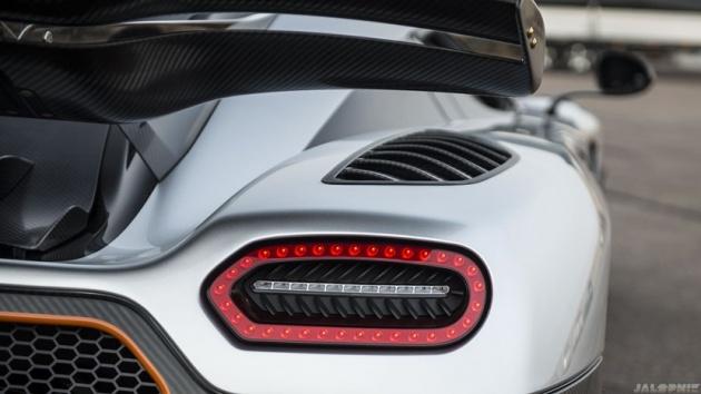 Ne Bugatti, ne de Ferrari! 1
