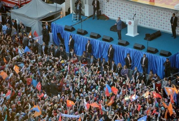 Ak Part'den Ankara'da gövde gösterisi 1