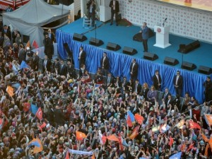 Ak Part'den Ankara'da gövde gösterisi