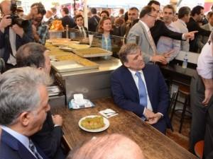 Cumhurbaşkanı Gül'ün tatlı keyfi