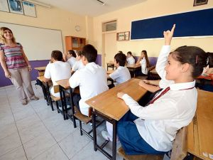 Öğretmenlere 145 Lira zam geliyor!