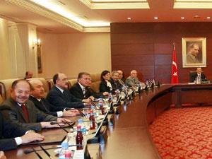 Ankara'da yeni kabine trafiği
