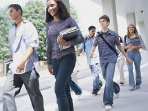 Başarılı öğrenciye akademisyen maaşı kadar burs