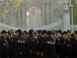 Adana'da Dinlemelerle İlgili Tutuklanan Polisler Serbest