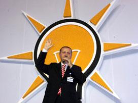 AK Parti başkanlık önerisini sundu