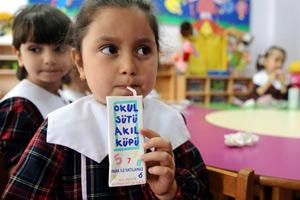 """""""Okul Sütü Projesi"""" devam edecek mi?"""
