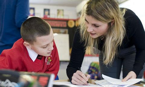 Vali Yılda 4 kez öğretmen değişmesin