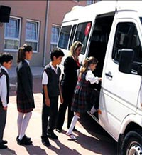 Okul servislerine uydu takibi