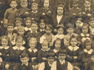 Ünlülerin Okuldaki İlk Gün Maceraları