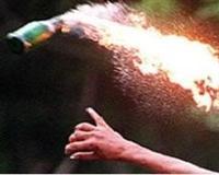 4 okula molotoflu saldırı