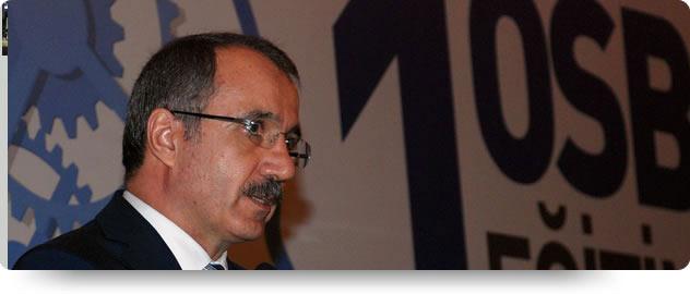 Bakan Dinçer, 1. Organize Sanayi Bölgesi Eğitim Zirvesi ne Katıldı