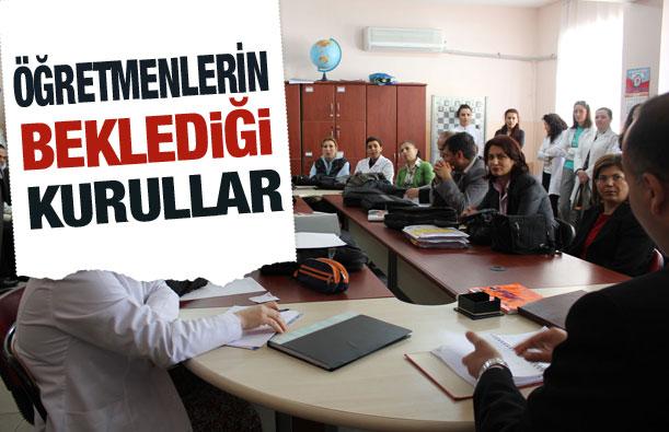 Okullar 38 kurul ve komisyonla yönetiliyor