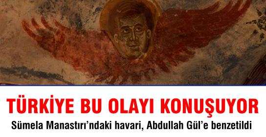Abdullah Gül'e Benzeyen Figüre İnceleme
