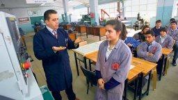 Teknik öğretmenler 'mühendis' olacak