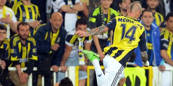Dünya, Fenerbahçe'yi konuşuyor