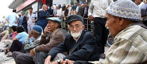 Türkiye'de kaç kişi emekli maaşı alıyor?