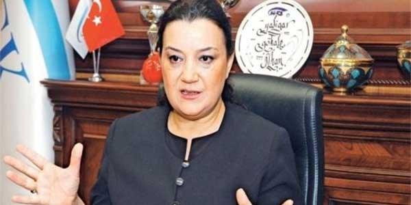 Bayan başkan, 5 bayan il müdürü atadı